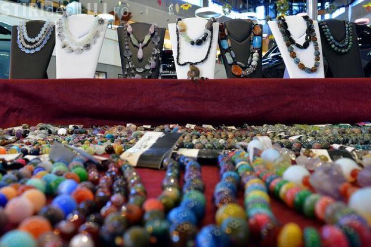 Cadouri strălucitoare pentru femei, în acest sfârșit de săptămână, la Expomineralia, în Iulius Mall Cluj (P)