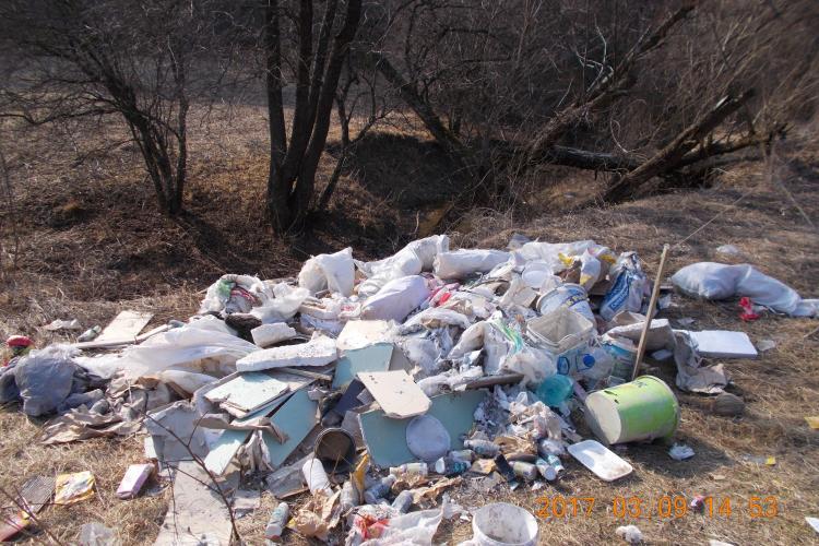Cluj-Napoca: Floreștean amendat pentru că a aruncat deșeurile din construcții în Pădurea Făget