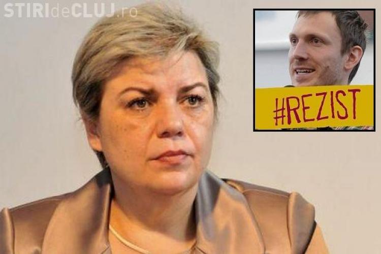 Un clujean a zburat alături de Sevil Shaideh și i-a spus: Cum vă simțiți sa faceți parte din guvernul care distruge Romania