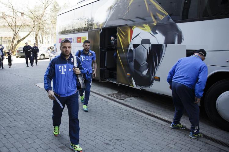Naționala României a ajuns la Cluj! Mâine joacă împotriva Danemarcei, pe Cluj Arena FOTO