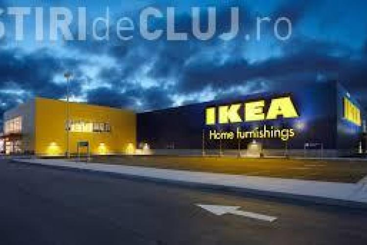 """""""Război"""" între Ikea și o celebră casă de modă. Cum se vinde o sacoșă de 99 cenți cu peste 2.000 de dolari FOTO"""