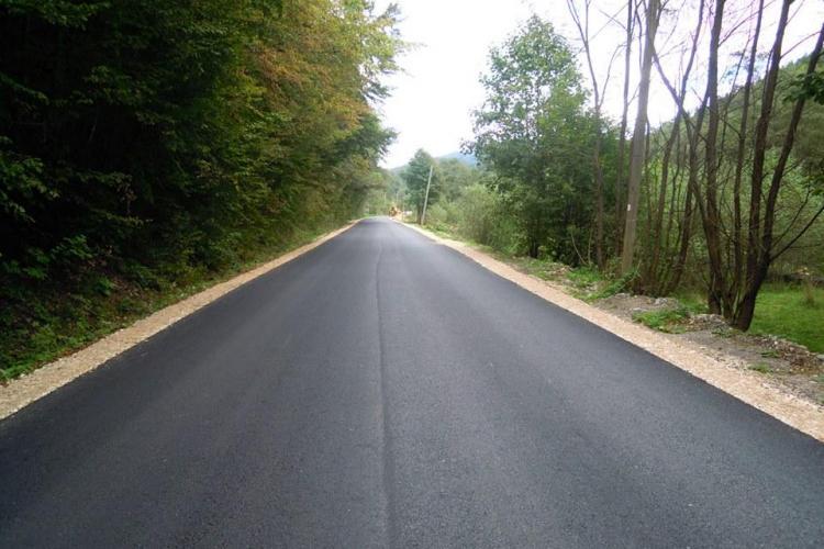 Amplu program de modernizare a drumurilor județene din Cluj. Ce zone sunt vizate