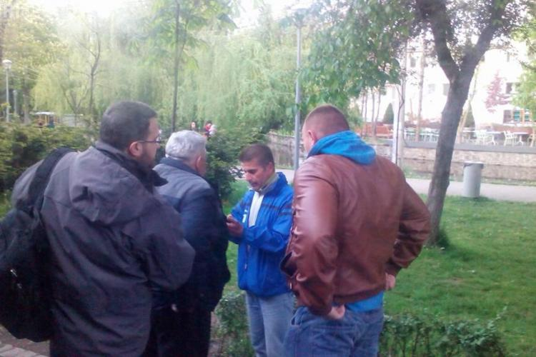 Controlorul AGRESIV din Cluj recidivează. L-a tras jos din autobuz pentru că i-a luat apărarea unei fete