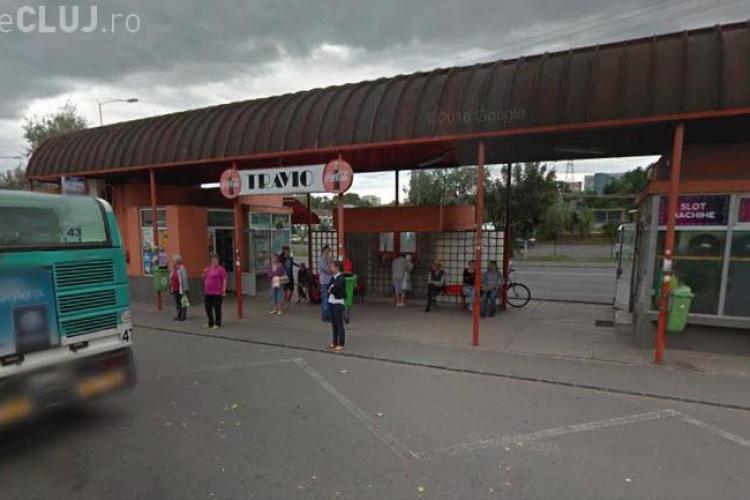 Clujenii cer mutarea crâșmei Travio din stația de autobuz: Ori mutati statia, ori rezolvati cu crasma