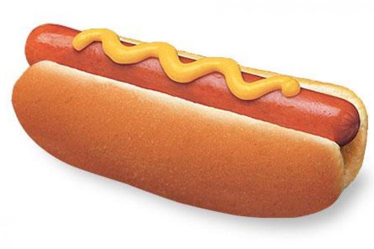 Din ce este făcut de fapt un hot dog! Mai mănânci?