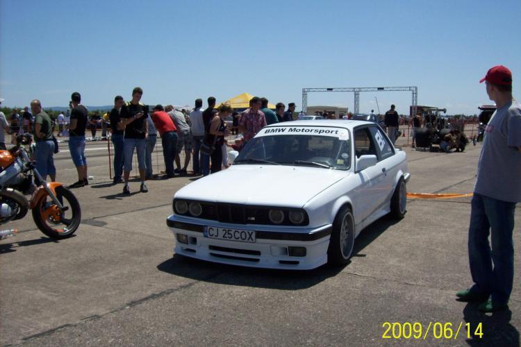 Clujenii mizeaza pe BMW in ultima cursa de dragracing din acest an