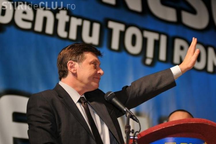 Sondaj CCSB: Basescu si Boc sunt la 10% incredere! Crin Antonescu e favorit la alegeri