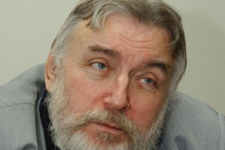 """Adrian Paunescu, in ultimul interviu din 1 iulie 2010: """"Parca am murit si vad cum se poarta oamenii cu amintirea mea"""""""
