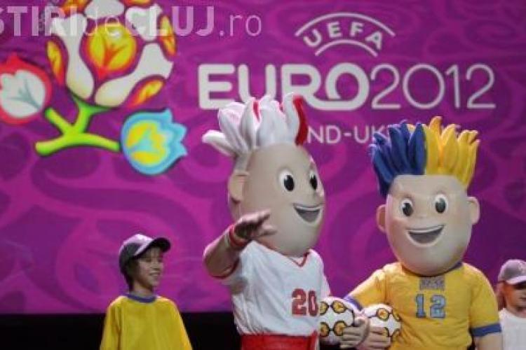 Mascota Euro 2012, prezentata la Varsovia
