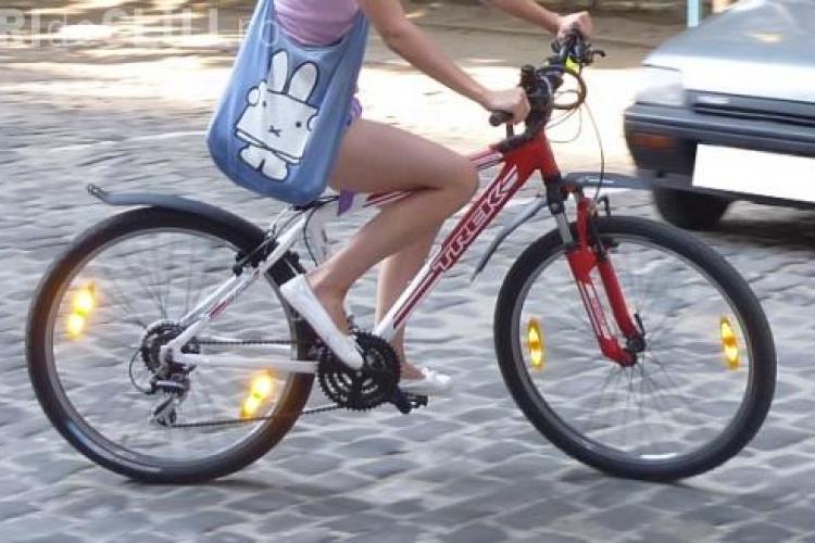 Doua minore, prinse de politisti din Zorilor, dupa ce au furat doua biciclete