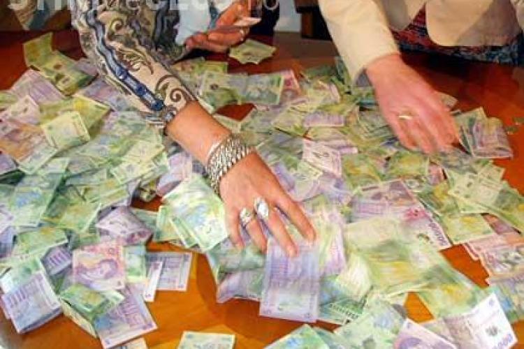 Salariile bugetarilor vor creste in 2011 cu 15%, potrivit proiectului legii salarizarii