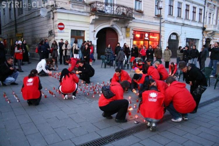 Clujenii aprind sambata lumanari pentru cei saraci si bolnavi pe bulevardul Eroilor
