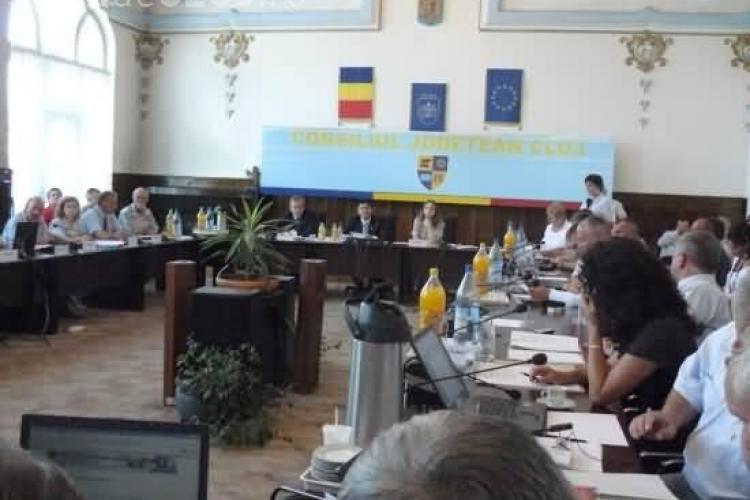 Comasarea Regiei Drumurilor Judetene si cea a Patrimoniului de Stat Cluj este blocata de catre consilierii PSD