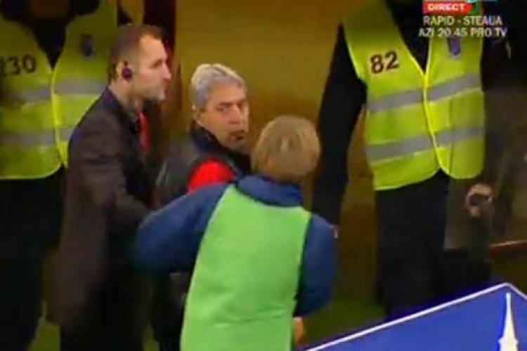 Paszkany il apara pe Cartu! A vrut sa le spuna arbitrilor: 'Stati aici sa ii priviti in ochi pe jucatori'