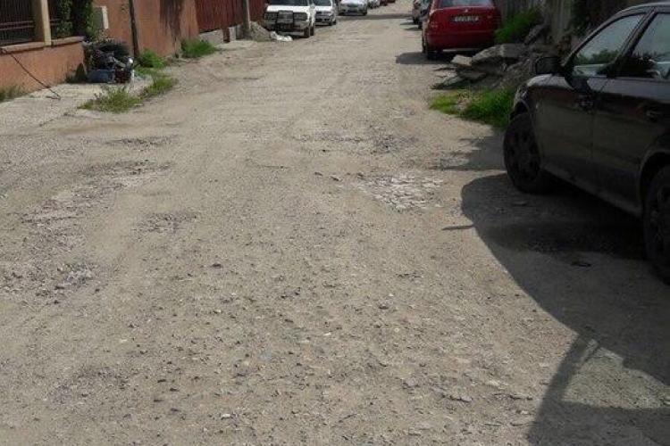 Două străzi au intrat în proprietatea Primăriei Cluj. Încep lucrările de renovare