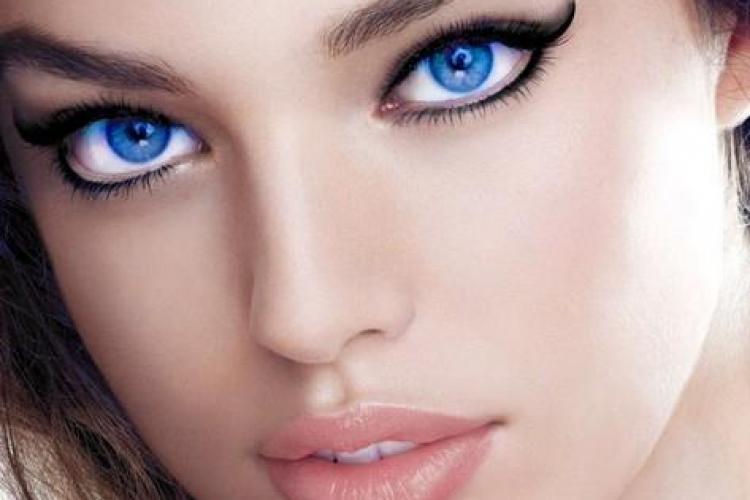 Ce secret au oamenii cu ochii albaştri