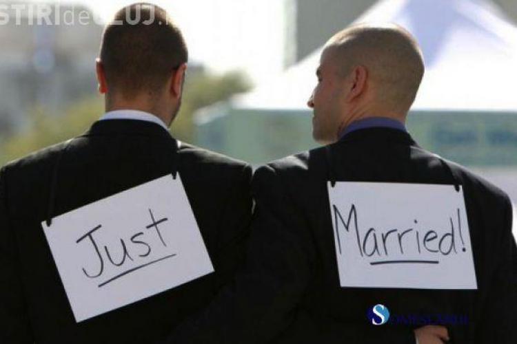 """Deputaţii spun """"NU"""" căsătoriilor gay și au votat pentru familia tradițională"""