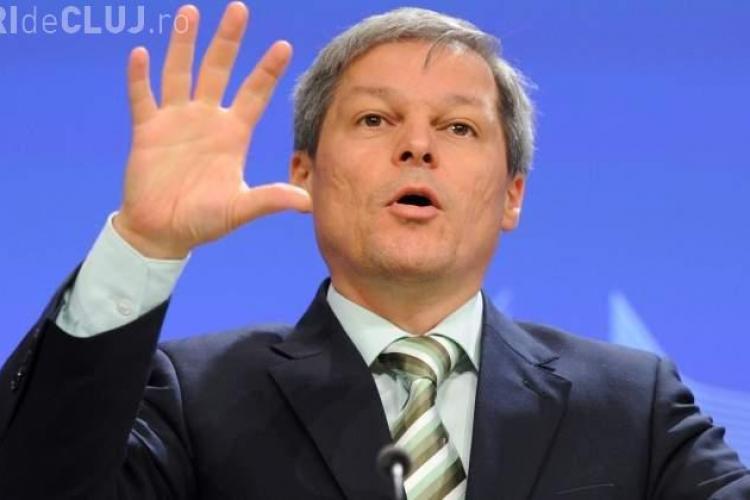 """Dacian Cioloş a fost prezent la Cluj: Nu e de ajuns să dăm numai """"Like-uri"""" pe Facebook"""