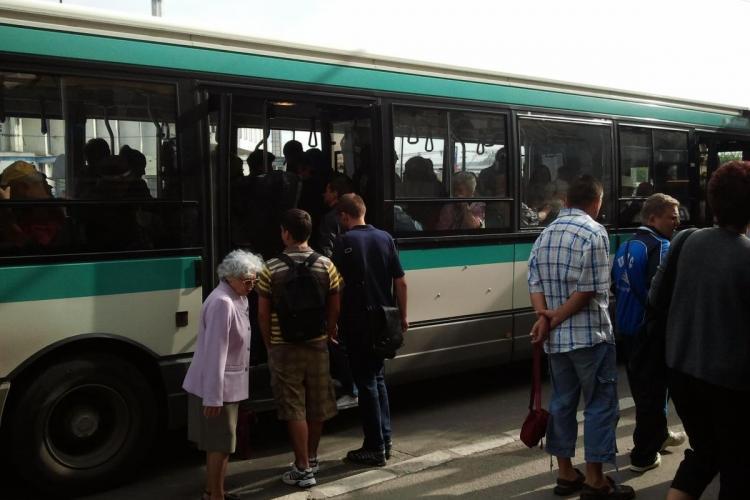 Trasee deviate pentru liniile 30, 101A și M26, din cauza meciului de fotbal Romania – Chile