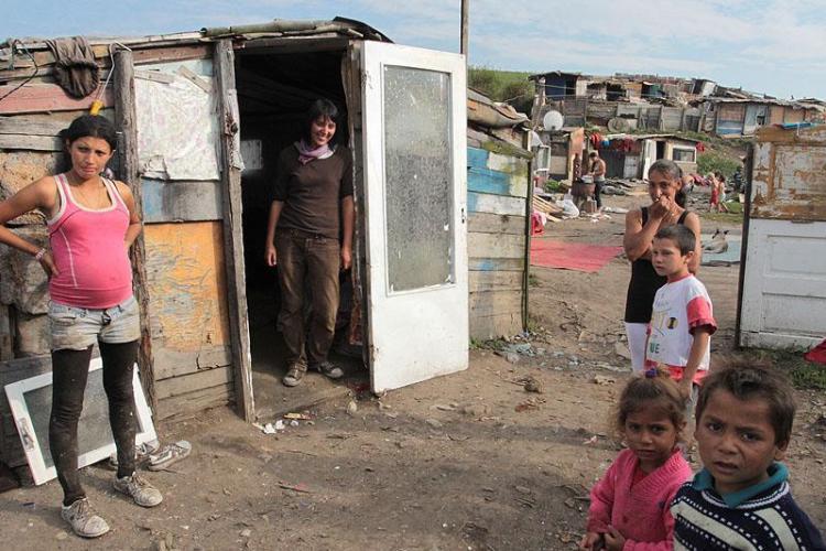 Romii de la Pata Rât sunt MUTAȚI și în Florești. Am AFLAT ADRESELE unde s-au cumpărat apartamente