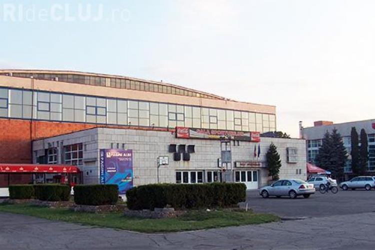 Parcarea Sălii Sporturilor este închisă la meciul de joi seara dintre U BT și CSU Oradea