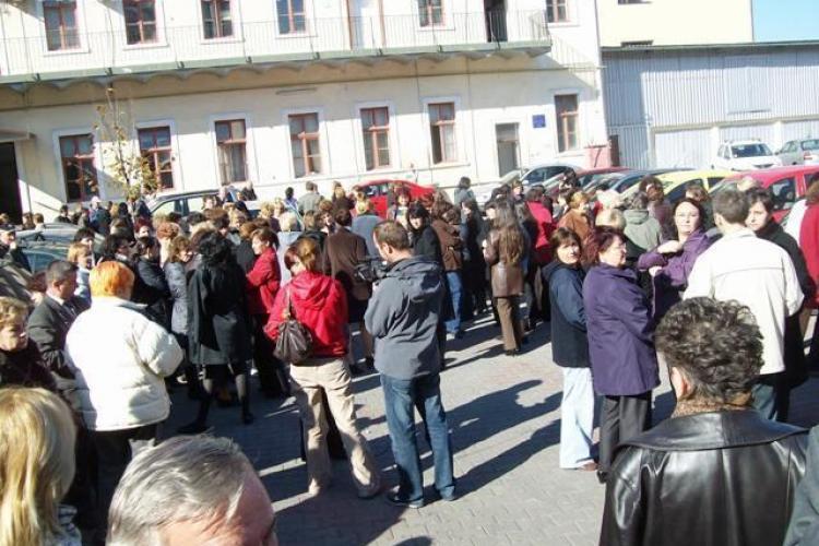 Grevă și la Finanțele Cluj pentru salarii mai mari