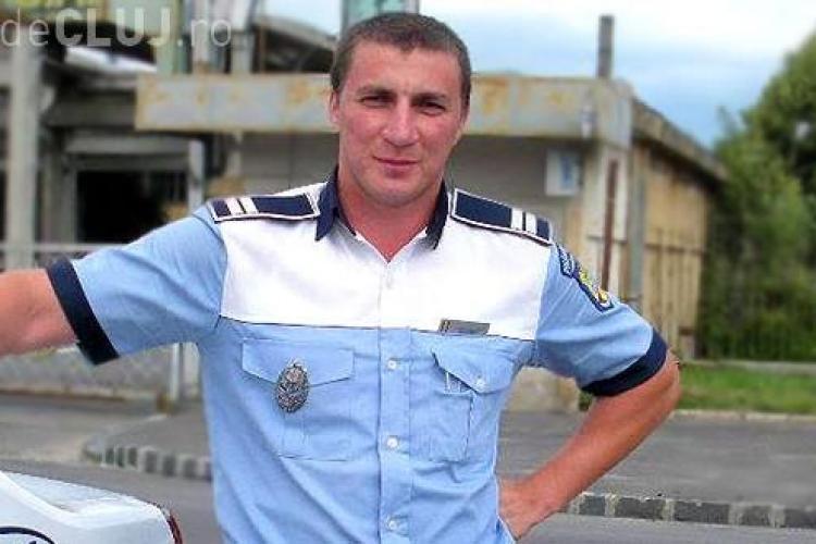 """Poliţistul Marian Godină e ȘOCAT să afle că """"la 1.77 metri şi 85 de kilograme sunt obez"""""""