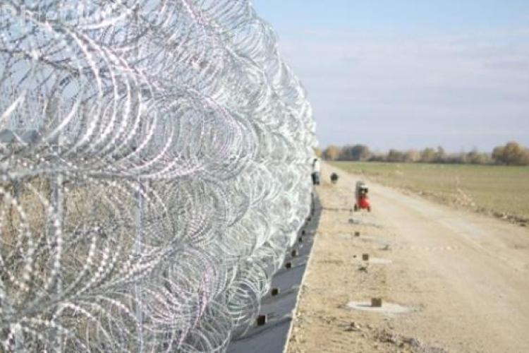 Ministrul ungar de Externe anunță un gard la gard la frontiera Ungariei cu România