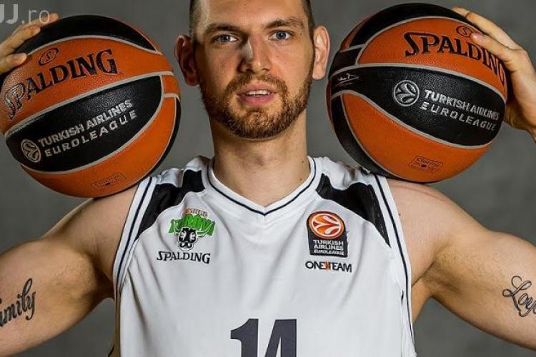 Vlad Moldoveanu, unul dintre baschetbaliștii de top de la U-BT Cluj pleacă de la echipă. Vezi cine îi va lua locul