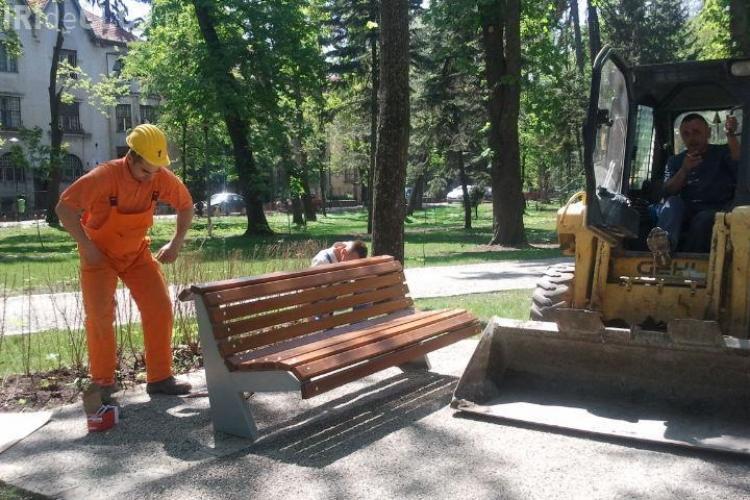 """Cluj: Propun să se asfalteze aleile din Parcul Central """"Simion Bărnuțiu"""""""