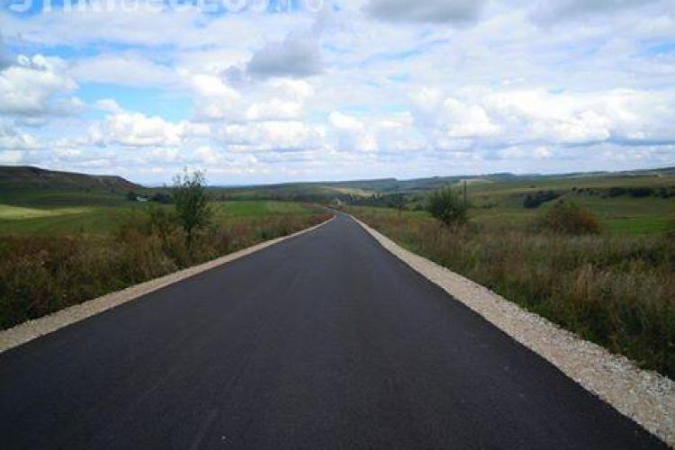 Consiliul Județean Cluj se laudă ca au fost modernizate 23 de drumuri județene într-un semestru. Vezi care sunt acelea