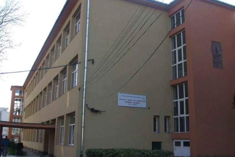 La Cluj, s-a intrat la liceu cu media 3,77