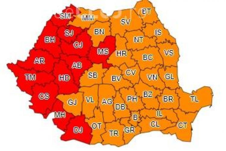 Valul de caniculă continuă în toată România! Clujul e sub COD ROȘU de căldură