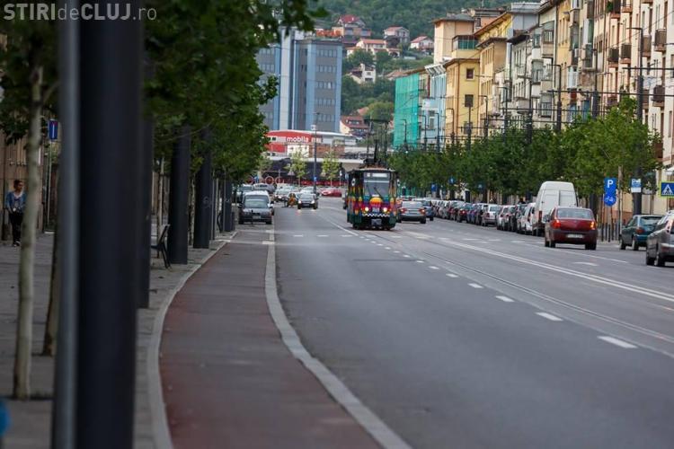 Un nou tramvai pictat de artiști circulă prin Cluj. Vezi cum arată FOTO