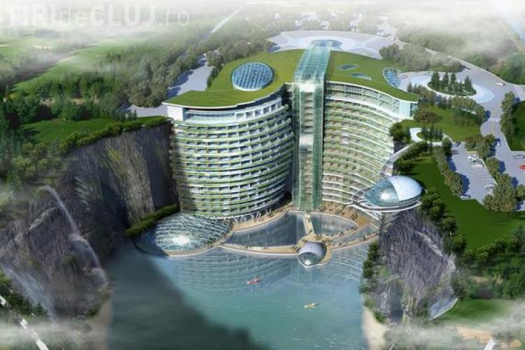 Cel mai spectaculos hotel din lume. E construit într-o carieră de piatră - FOTO