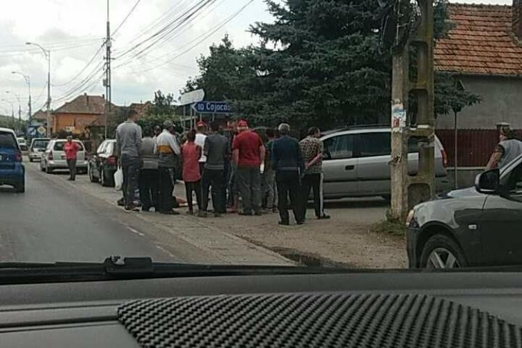 Accident în Apahida. Poștașul a fost lovit de o șoferiță - FOTO