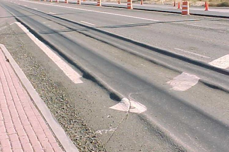 Se topește asfaltul din Cluj-Napoca. Ce restricții sunt vineri și sâmbătă