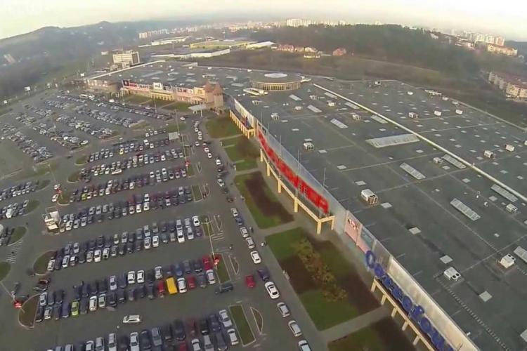 Incident în parcarea Vivo - Polus: Un nebun acostează femeile