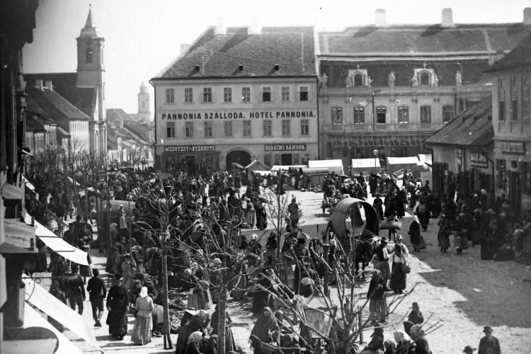 Expoziție inedită cu 300 de fotografii în care apare Clujul din secolul XIX. Imaginile au fost realizate de fotograful Ferenc Veress