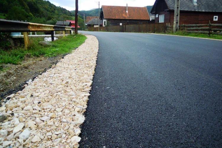 Consiliul Județean Cluj anunță că 153 de km de drumuri județene intră în reparații. Vezi despre ce drumuri este vorba