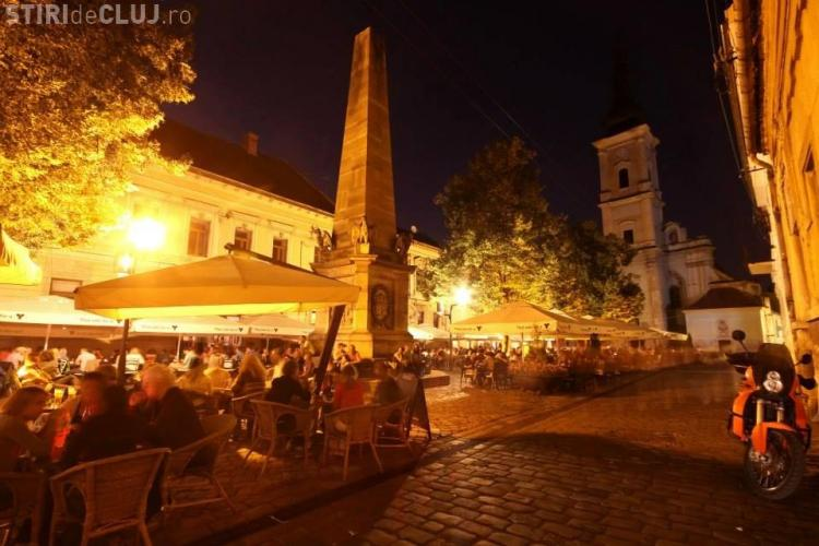 """Concerte live și muzică electronică în Piața Muzeului, în acest weekend, la """"Seri de vară clujene"""""""