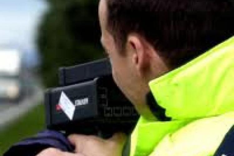 Clujean vitezoman, prins de polițiști gonind pe Autostrada Transilvania