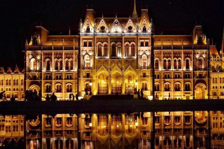 CITY BREAK: Cum să mergi de la Cluj la Budapesta și înapoi cu 2 lei