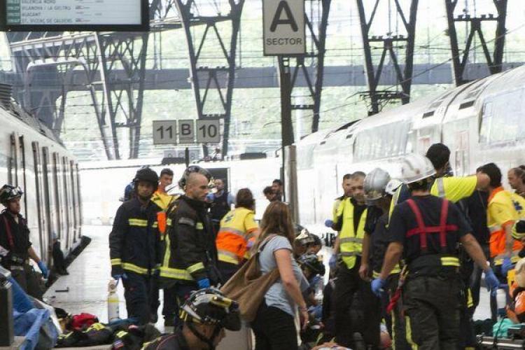 Accident feroviat cu aproape 50 de victime la Barcelona. Printre persoanele rănite se află și un român VIDEO