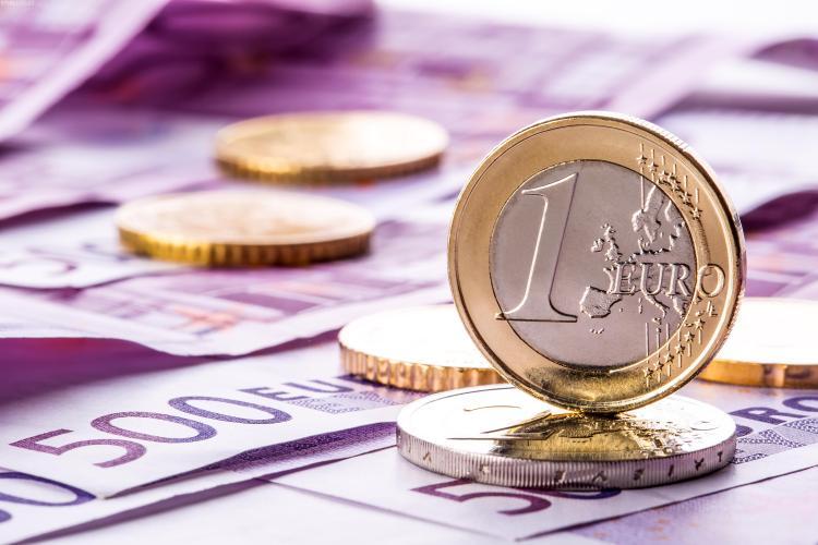 EURO va ajunge rapid la 4,7 lei. Afirmația aparține unui economist de top din România