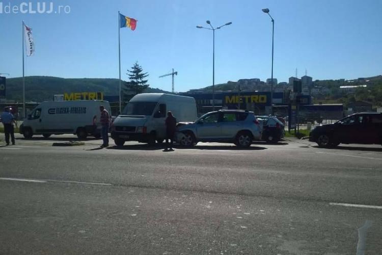 Accident la Metro Cluj. Circulația este afectată - FOTO