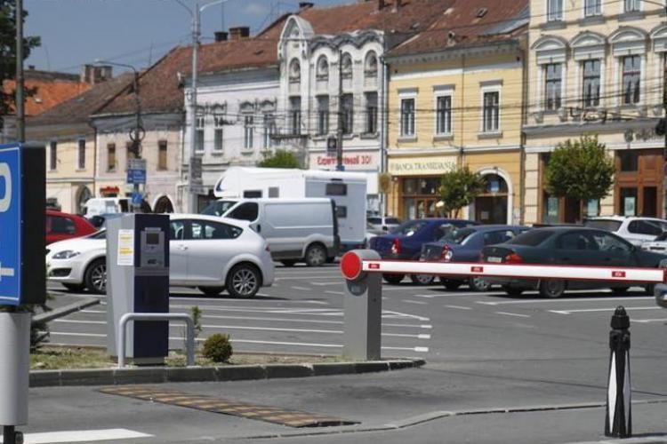 """Tariful de parcare în centrul Clujului s-ar putea tripla. În rest, """"rușinică"""" șoferilor pentru că nu folosesc parkingurile"""