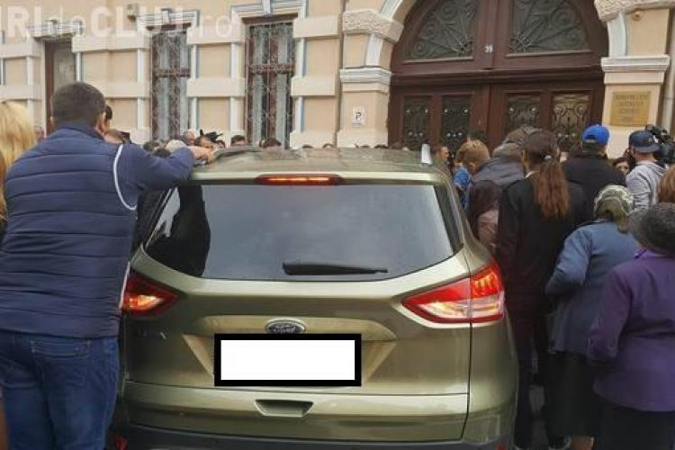 Ce număr are la mașină Cristian Pomohaci. El a fost aplaudat la Sibiu, unde s-a judecat apelul  - FOTO