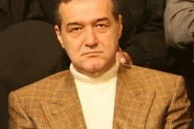 Becali a fost suspendat timp de 6 luni de FRF și a primit o amendă usturătoare