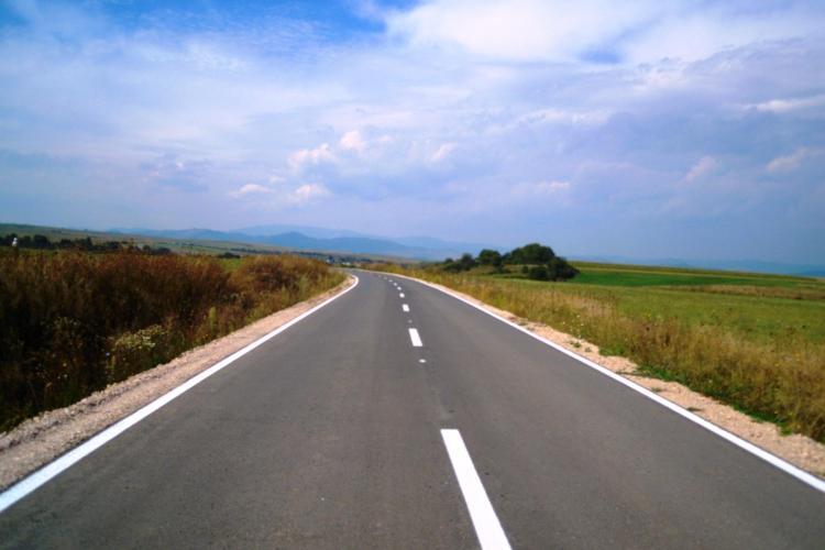 Drumul județean 109A Chinteni - Vultureni - Dealu Jurcii va fi refăcut de turcii de la Kiat